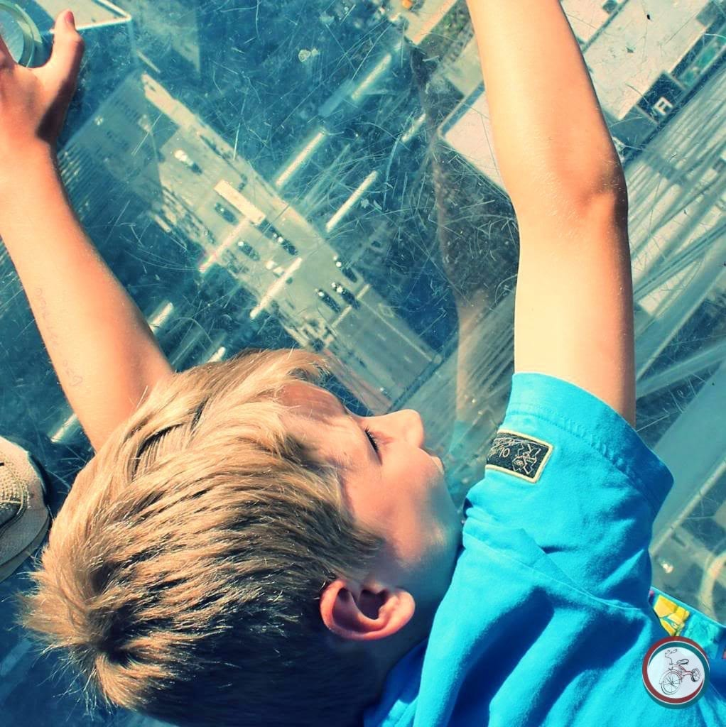 visiting willis tower with kids
